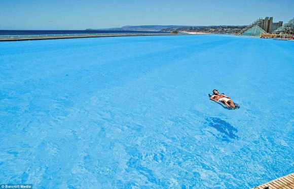 dailymail.co.uk worlds biggest pool