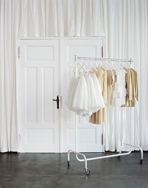 clothes rack | anordinarywoman
