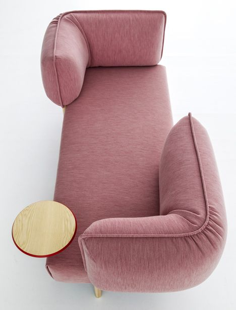 thedesignnwalker.tumblr.com Patricia Urquiola upholsters modular sofa for Moroso in jersey fabric