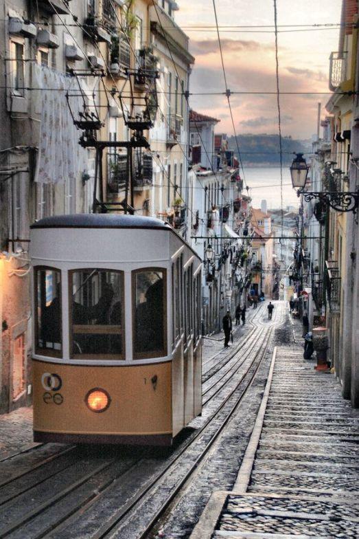 fonrenovatio.tumblr.Lisbon