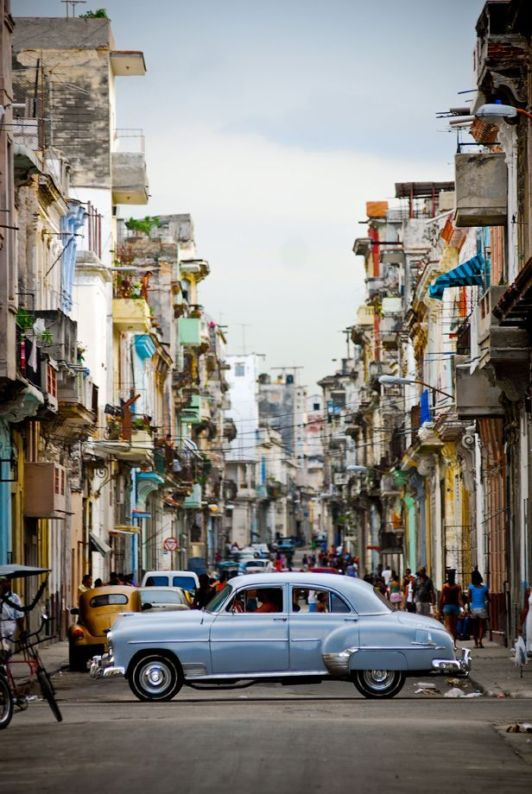 besttravelphotos.tumblr.com:post:91355211298:havana-cuba